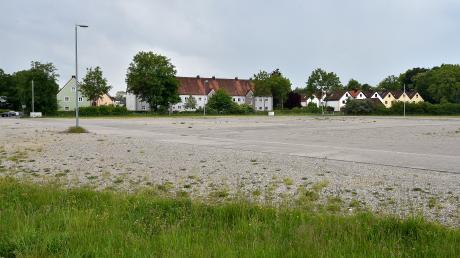 Die Waitzinger Wiese in Landsberg bleibt am Samstag leer. Es gibt keine Demo gegen die Maskenpflicht.