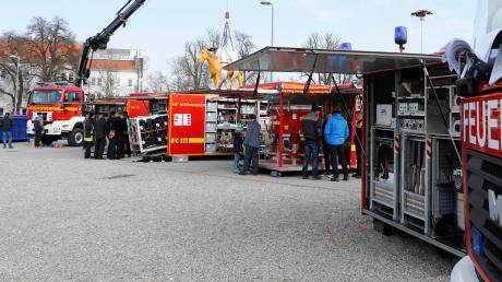 Im neuen Feuerwehrzentrum in Pürgen sollen unter anderem Abrollbehälter des Landkreises untergebracht werden.