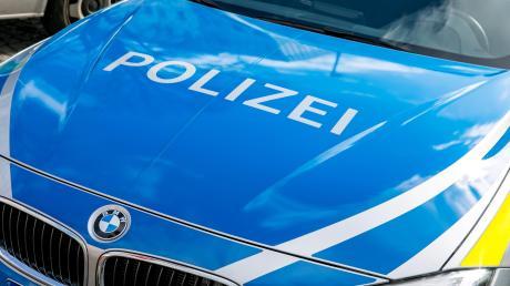 In Bobingen hat ein 20-Jähriger mit über zwei Promille randaliert.