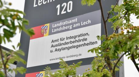Das Amt für Integration, Ausländerbehörde und Asylangelegenheiten befindet sich in einer Außenstelle des Landratsamts.
