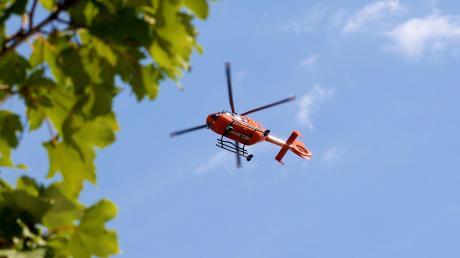 In Munningen kam es am Sonntagabend zu einem Unfall. Dabei war auch ein Rettungshubschrauber im Einsatz.