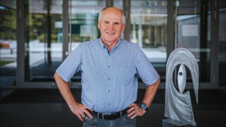 Peter Adam war zehn Jahre Leiter der Realschule Kaufering. Jetzt geht er in den Ruhestand und blickt auf aufregende Jahre zurück.