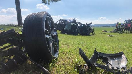Völlig zerstört wurde das Auto, mit dem ein 30-jähriger Mann zwischen Asch und Unterdießen tödlich verunglückt ist.