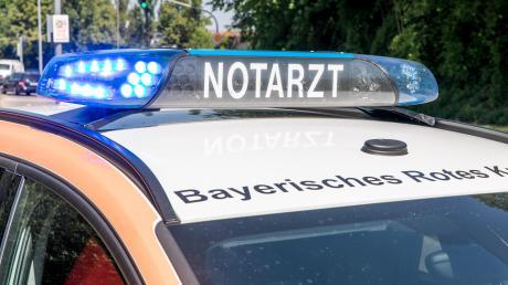 Bei einem Verkehrsunfall zwischen Scheuring und Kaufering ist eine Person schwer verletzt worden.