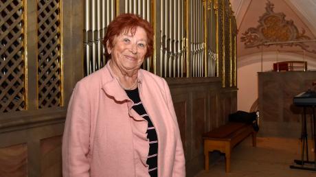 Seit 60 Jahren spielt Josefine Welz in Schwabhausen die Orgel. Für ihren Dienst wurde sie jetzt bei einem Gottesdienst geehrt.