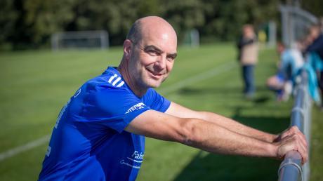 Fußball ist eine große Leidenschaft von Michael Kießling. Der CSU-Bundestagsabgeordnete kickt in Berlin für den FC Bundestag und im Landkreis für den SV Lengenfeld.