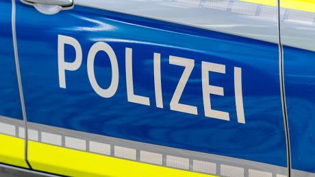 Die Polizei Zusmarshausen bittet um Hinweise unter der Telefonnummer 08291/1890-0.
