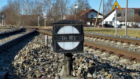 Vor gut 35 Jahren wurde der Personenverkehr auf der Fuchstalbahn eingestellt. Hinter der Reaktivierung der Strecke stehen weiter Fragezeichen.