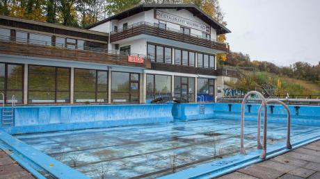 Das Warmfreibad in Greifenberg wird derzeit saniert.