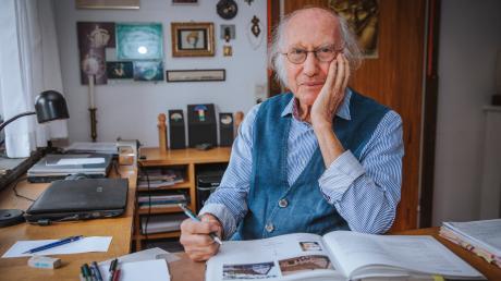 Franz Xaver Haibl beschäftigt sich mit der Geschichte von Leeder. Als wichtige Quellen diesen ihm das Gemeinde- und Pfarrarchiv.