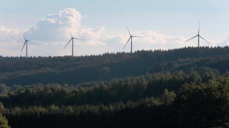 Bis zu 6,3 Millionen Euro zahlt das Bundesinnenministerium an Fuchstal, Unterdießen und Apfeldorf. Das Geld soll unter anderem genutzt werden, um bei den erneuerbaren Energien Synergien zu schaffen.