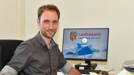 Manuel Müller-Hahl leitet das Contact Tracing Teamim Pandemiezentrum in Penzing, das die Kontaktpersonen von Personen ermittelt, die positiv auf das neuartige Coronavirus getestet worden sind.