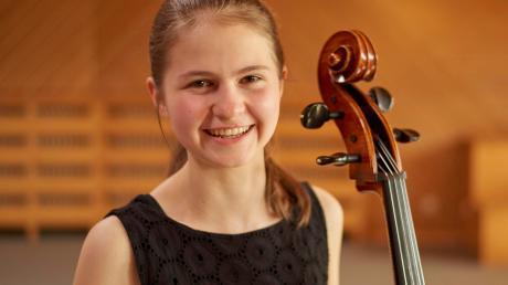 Die Cellistin Esther Steinmeier wird mit dem Kulturförderpreis des Landkreises ausgezeichnet.