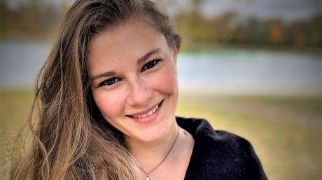 Die 25-jährige Melanie Gleissner aus Landsberg ist eine der Kulturförderpreisträger des Landkreises. Derzeit studiert sie am Leopold-Mozart-Zentrum in Augsburg bei Mathias Dittmann Querflöte.