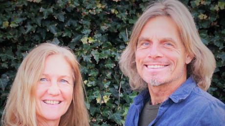 Ulrike und Claus Bakenecker aus Dießen erfinden Puzzles und Geduldsspiele.