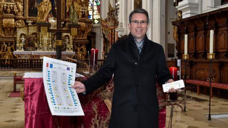 Der Sitzplan steht und die Eintrittskarten gibt es auch: Nur die geplante Christmette um 22.30 Uhr kann Stadtpfarrer Michael Zeitler wegen der auch am Heiligen Abend geltenden Ausgangssperre nicht feiern.