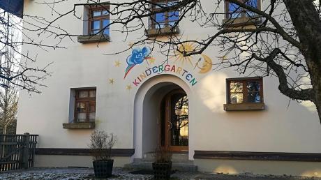 Der Verein Christian Morgenstern will laut Bürgermeister Siegfried Weißenbach jetzt doch keinen Kindergarten im ehemaligen Unterfinninger Schulhaus einrichten. Was aus dem Gebäude werden soll, ist damit wieder offen.