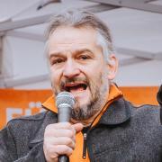 Rolf Kron bei einer Kundgebung in Landsberg vor einem Jahr.