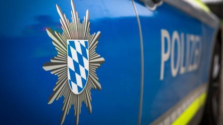 Die Polizei Friedberg bittet um Hinweise zu einem Unfall zwischen Wulfertshausen und Friedberg.
