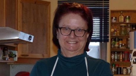 Isabel Aragon-Schenk schätzt das selbstangebaute Gemüse vom Sonnenacker.