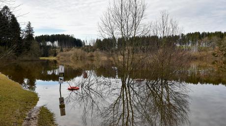 Der Hochwassernachrichtendiest meldete in den vergangenen Tagen Hochwassermeldestufe 1 am Windachspeicher. Das hatte nicht nur mit der Schneeschmelze und Regenfällen zu tun.