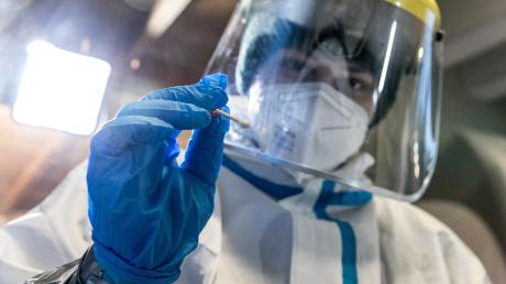 Die Corona-Infektionszahlen im Landkreis Landsberg steigen wieder und auch auf einer Station im Klinikum ist das Virus ausgebrochen.