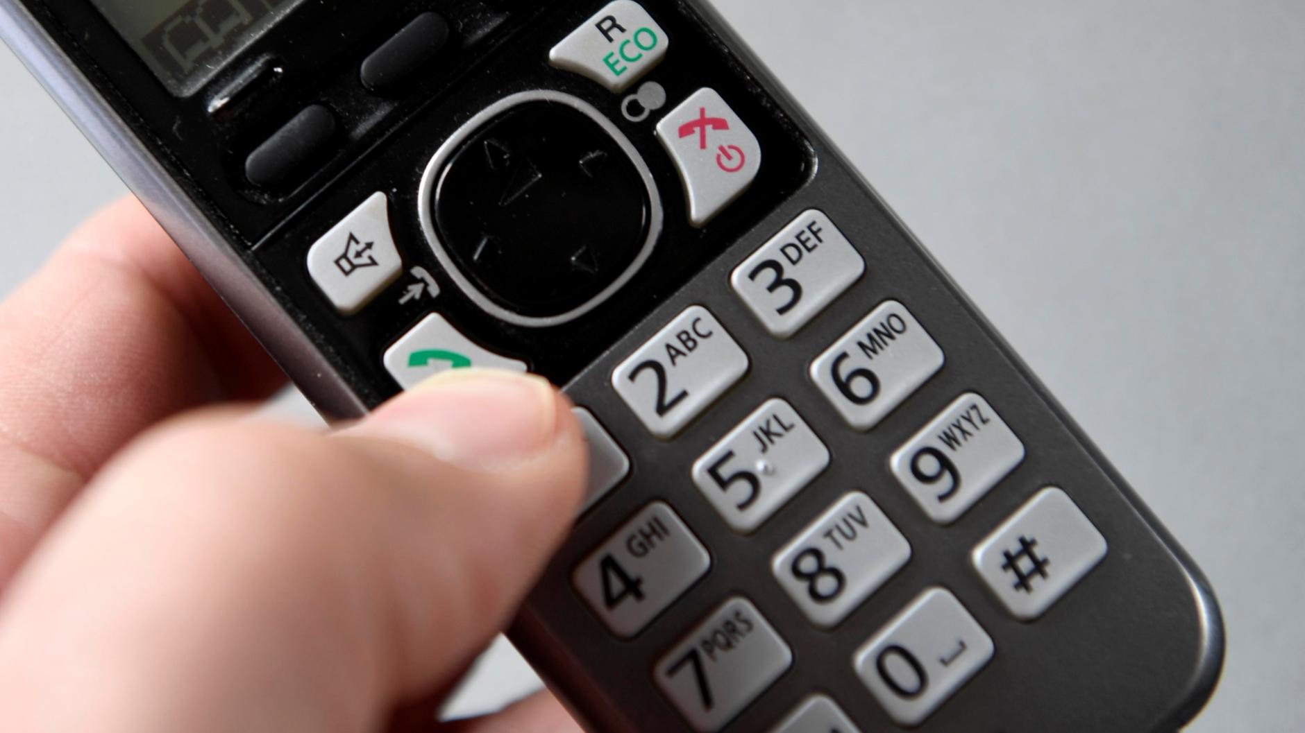 Neu-Ulm: Betrüger gibt sich am Telefon als Microsoft