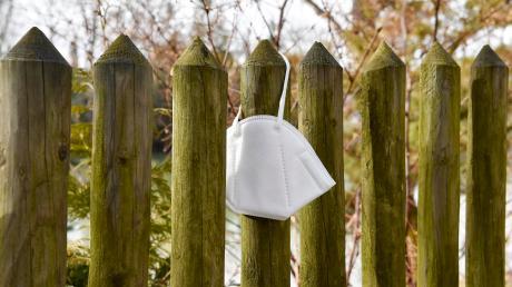Immer mehr Menschen im Landkreis Landsberg verstoßen gegen die Maskenpflicht.