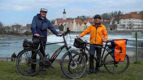 Berthold Lesch (links) von der Landsberger Energieagentur und Martin Baumeister vom Kreisverband des ADFC.
