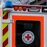 Ein tödlicher Betriebsunfall hat sich in einem Landsberger Lager ereignet. Ein Mann starb.