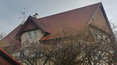 Das Dach des Kindergartens in Dettenschwang bleibt wie es ist. Eine im Bauausschuss diskutierte Fotovoltaikanlage ist kein Thema mehr.