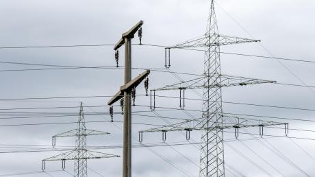 In tausenden Haushalten am Ammersee fiel am Samstagnachmittag der Strom für etwa eine Stunde aus.