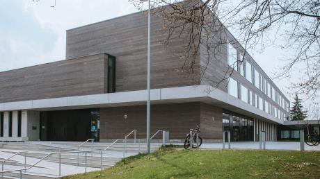 Unter anderem für die Generalsanierung des Klassentrakts der Mittelschule Landsberg gibt es staatliche Fördermittel.