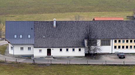 Die Mehrzweckhalle soll in Kinsau zum Dorfgemeinschaftshaus umgebaut werden.