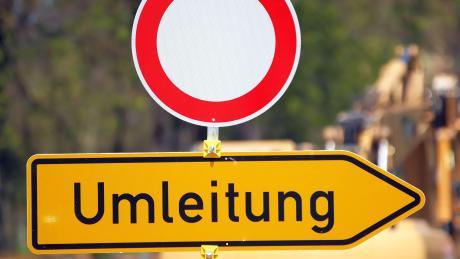 Bei Landsberg stehen auf der A96 Markierungsarbeiten an.