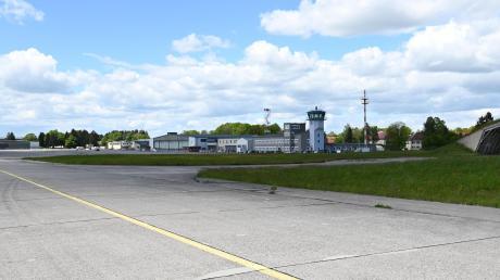 Eigentlich gibt es schon lange ein Konzept für die künftige Nutzung des Fliegerhorsts Penzing. Trotzdem kommt die Entwicklung des Areals nur schleppend voran.