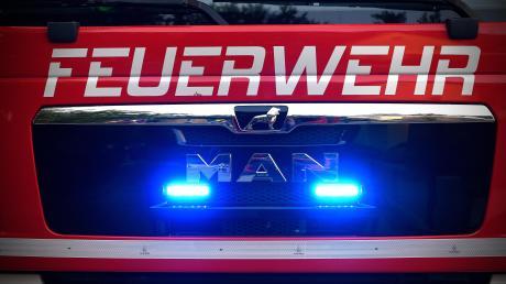 Ins Feuerwehrhaus in Möttingen ist ein Unbekannter eingedrungen.