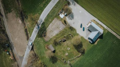 Die Prähistorische Siedlung Pestenacker von der Luft aus gesehen.