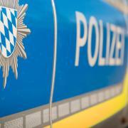 Einen schlechten Scherz hat sich am Freitagabend ein Jugendlicher in Schondorf erlaubt, meldet die Dießener Polizei.