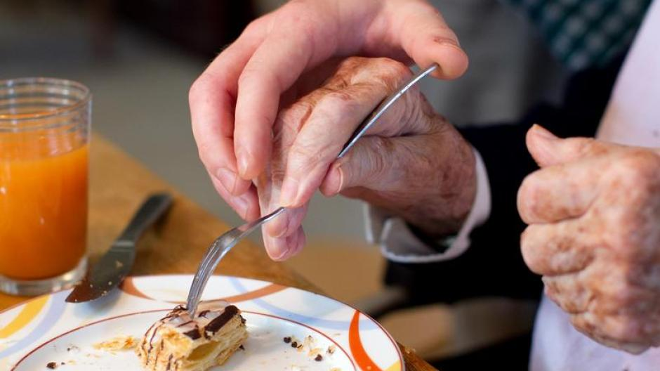 Demenz: Experten: Alzheimer-Patienten an Weihnachten einbinden ...