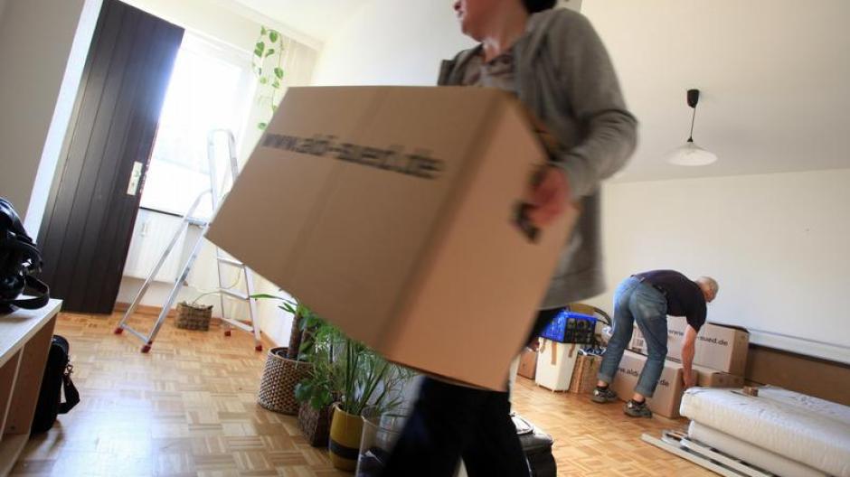 Wohnen: Die erste gemeinsame Wohnung: So meistern Paare die ...