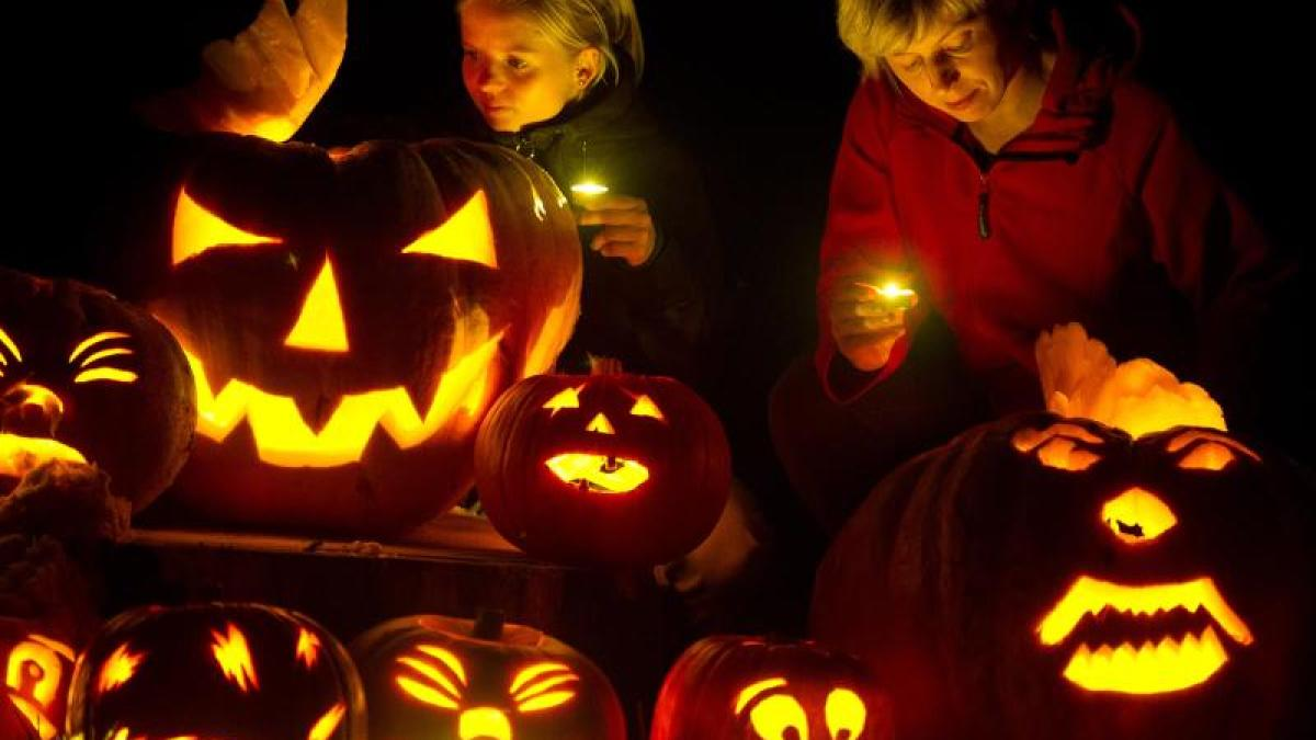 Halloween von A wie Allerheiligen bis Z wie Zapfenstreich