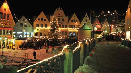 Der Donauwörther Weihnachtsmarkt auf der Altstadtinsel Ried: Hier erhalten Sie alle Infos rund um Start, Termine und Öffnungszeiten.