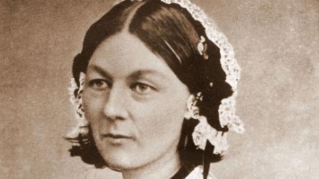 Wann ist Internationaler Tag der Pflege? Hier finden Sie Infos zu Datum und Bedeutung. Unser Bild zeigt die Pflegepionierin Florence Nightingale auf einer Visitenkarte.