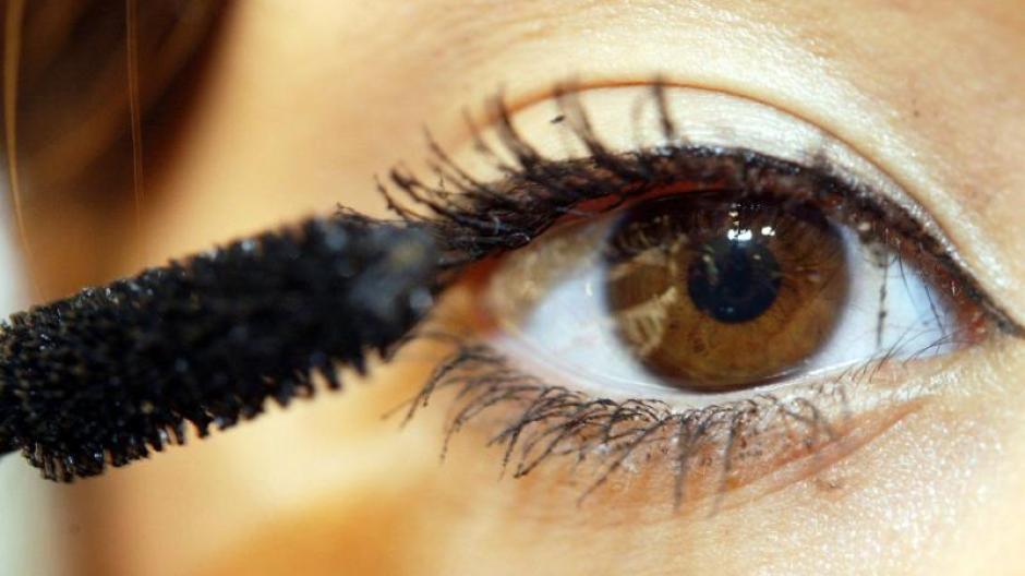Kosmetik Strahlend Schone Augen Schminktipps Fur Brillentrager