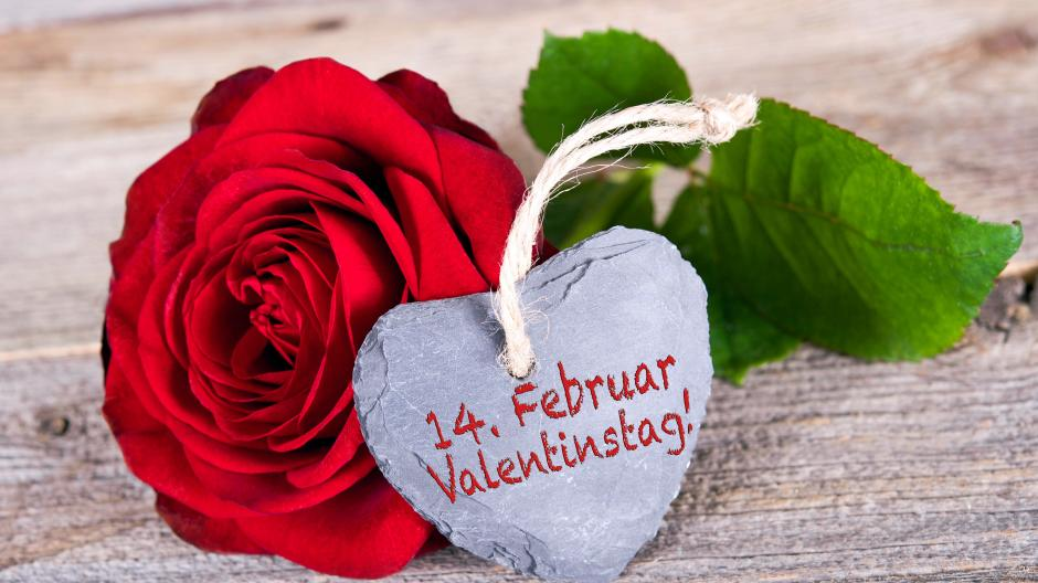 Geschenke Zum Valentinstag Schon Wieder Blumenstrauss Und Pralinen
