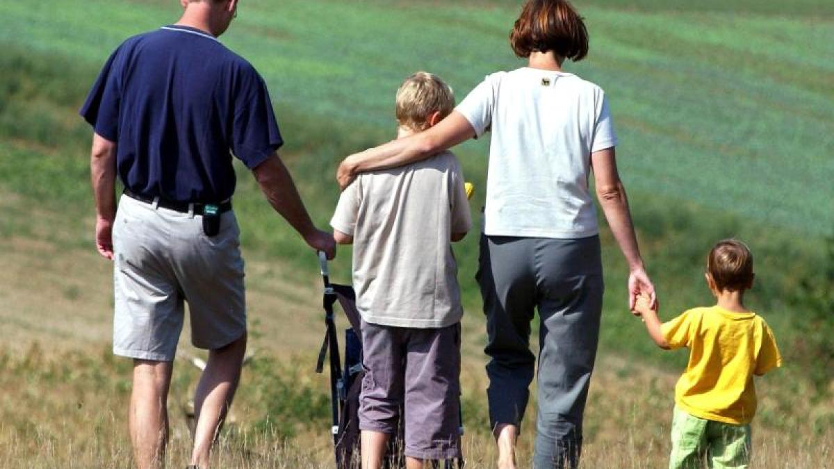 Gutes Familienklima: Kinder brauchen Wärme und Liebe - Augsburger Allgemeine