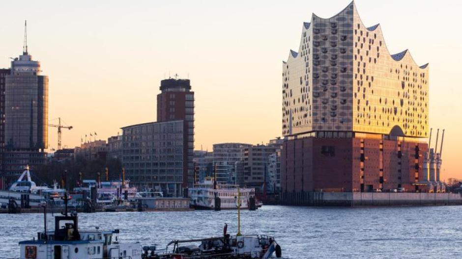 Leitartikel Elbphilharmonie In Hamburg Vom Millionengrab Zum