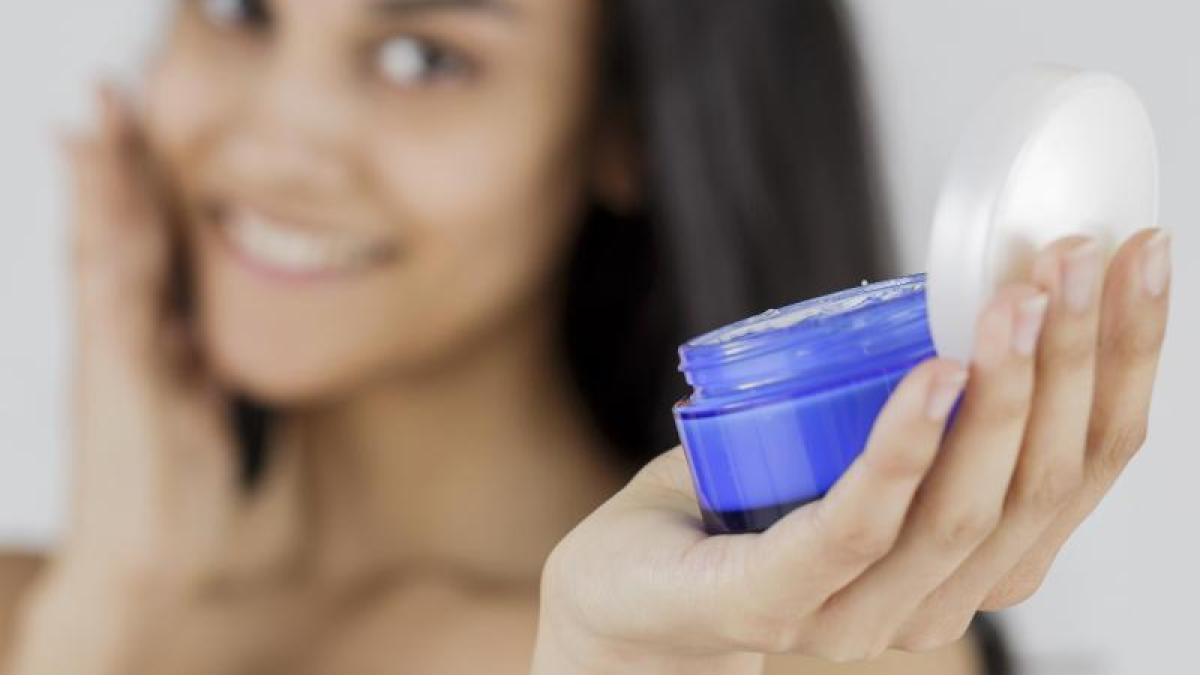 Was bewirkt Hyaluronsäure in der Gesichtscreme? - Augsburger Allgemeine