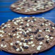 Nicht Salami, nicht Hawaii, nicht Schinken:Stattdessen ist in diesem Sommer eine Schokoladenpizza angesagt. Foto: Jens Büttner/dpa-Zentralbild/dpa